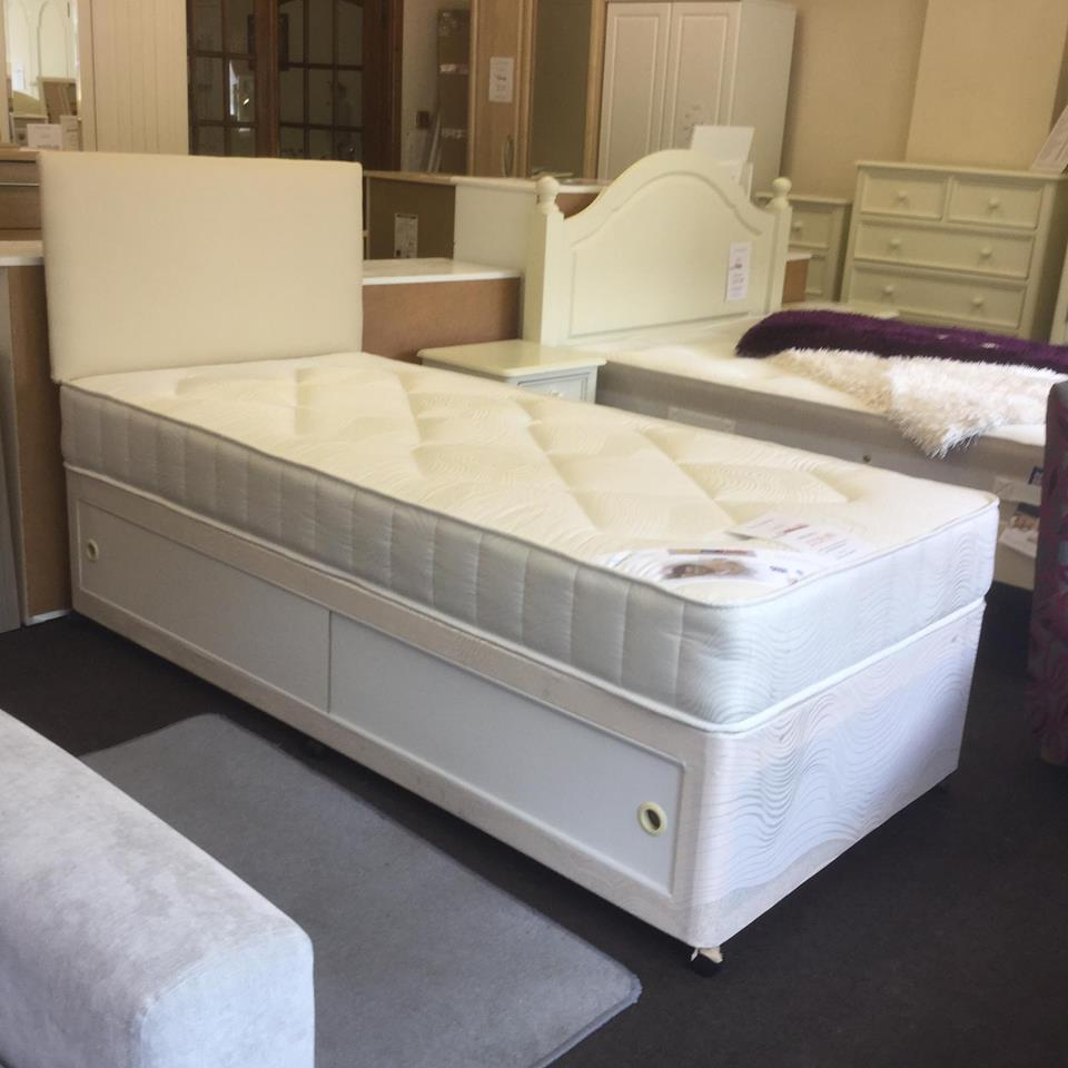 Bed shop in goole sofas furniture rugs and bedroom selby for Bedroom furniture leeds